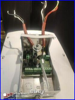 SMA Sunny Boy SB 8000-US Grid-Tie Inverter 7000W, 208/240/277VAC with Bracket