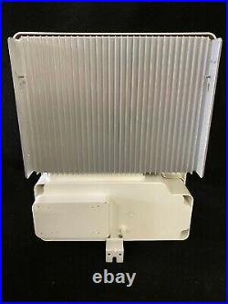 SolarEdge SE3800H-US HD-Wave 3.8Kw Inverter New Open Box