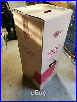 SolarEdge SE7600A-US Grid-Tied Single Phase Inverter with DC Disconect In Box